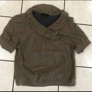 Two used woman's tops M